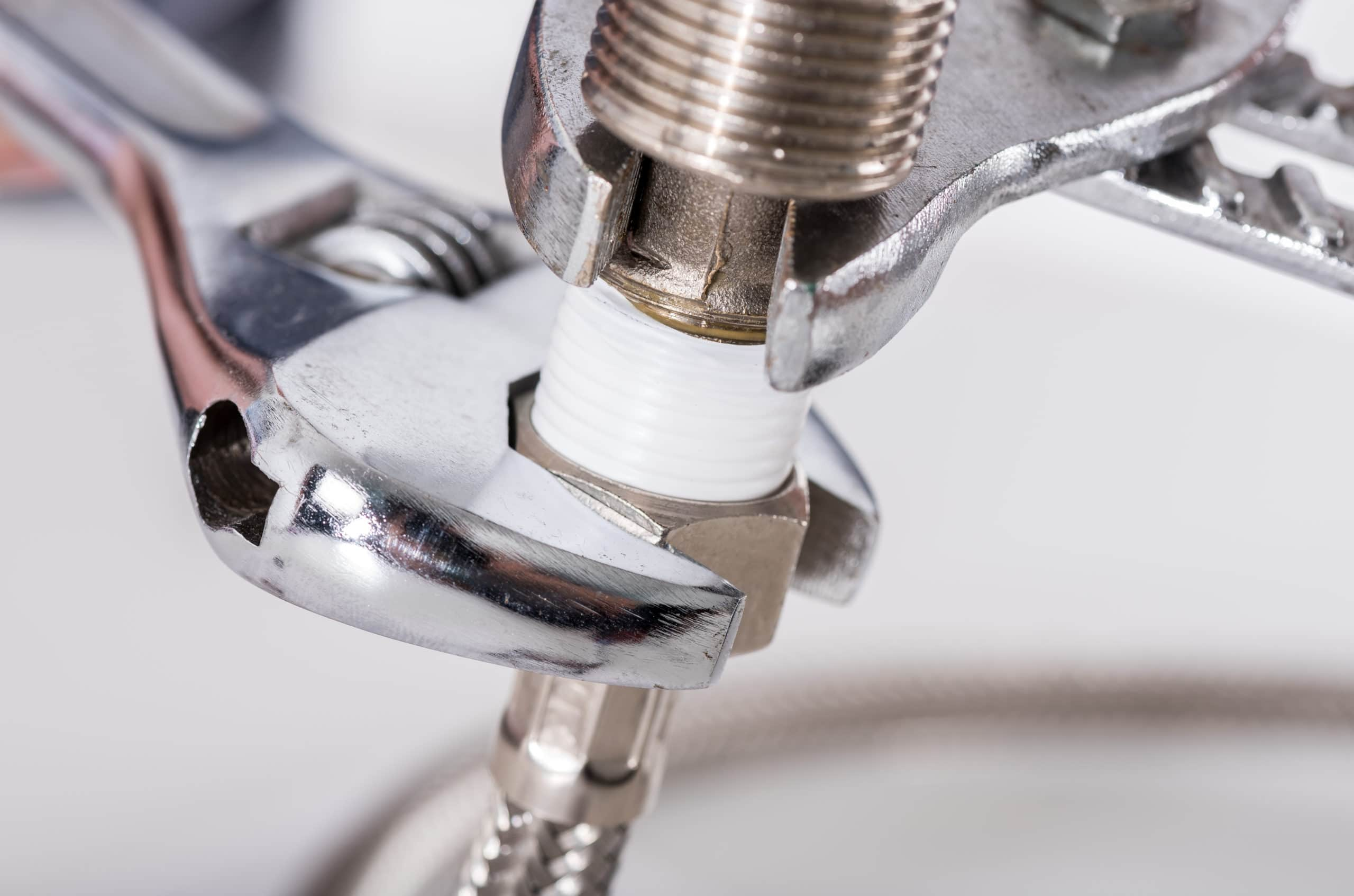 Choosing the Right Plumbing Service – What All Should You Think of?